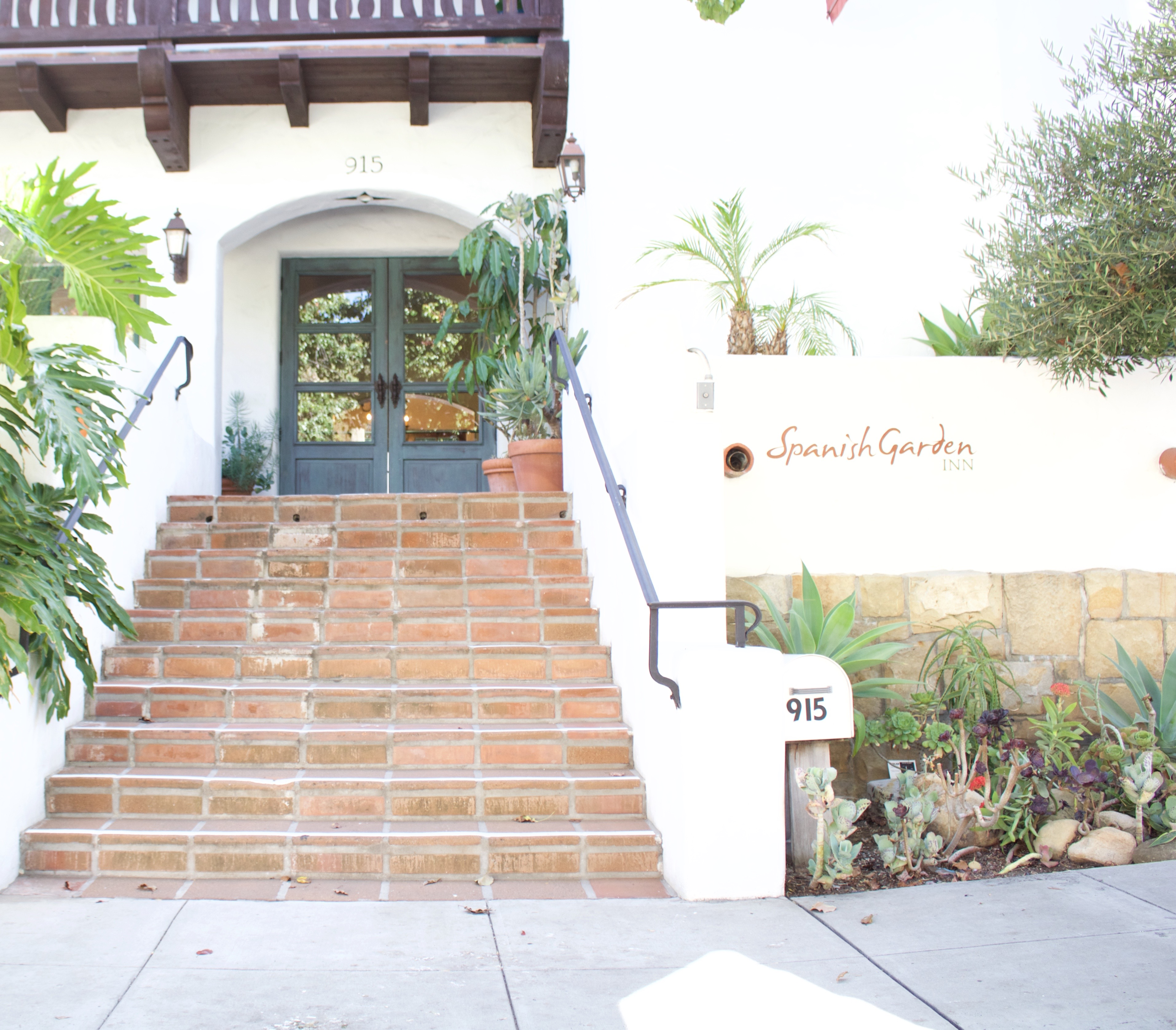 Spanish Garden Inn, Santa Barbara, California - My Styled Life