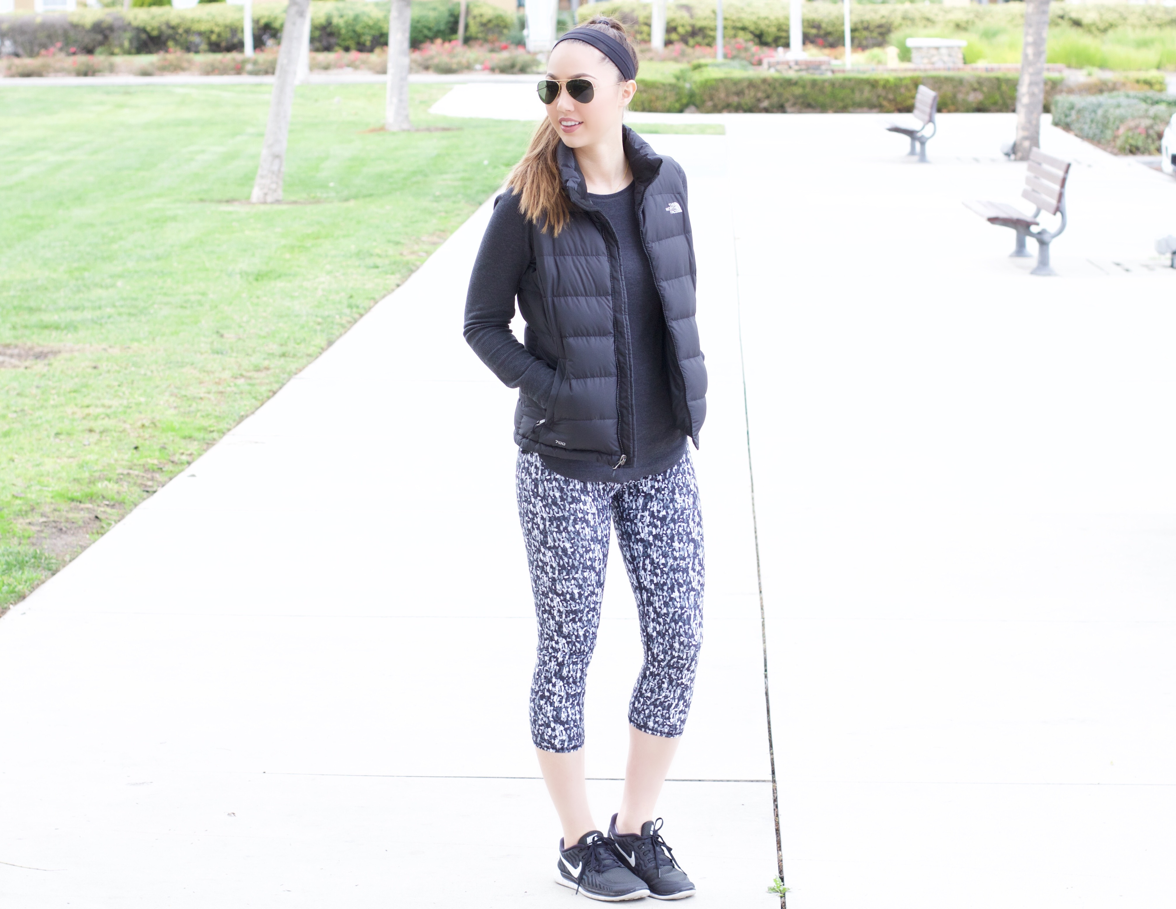 chic workout outfit