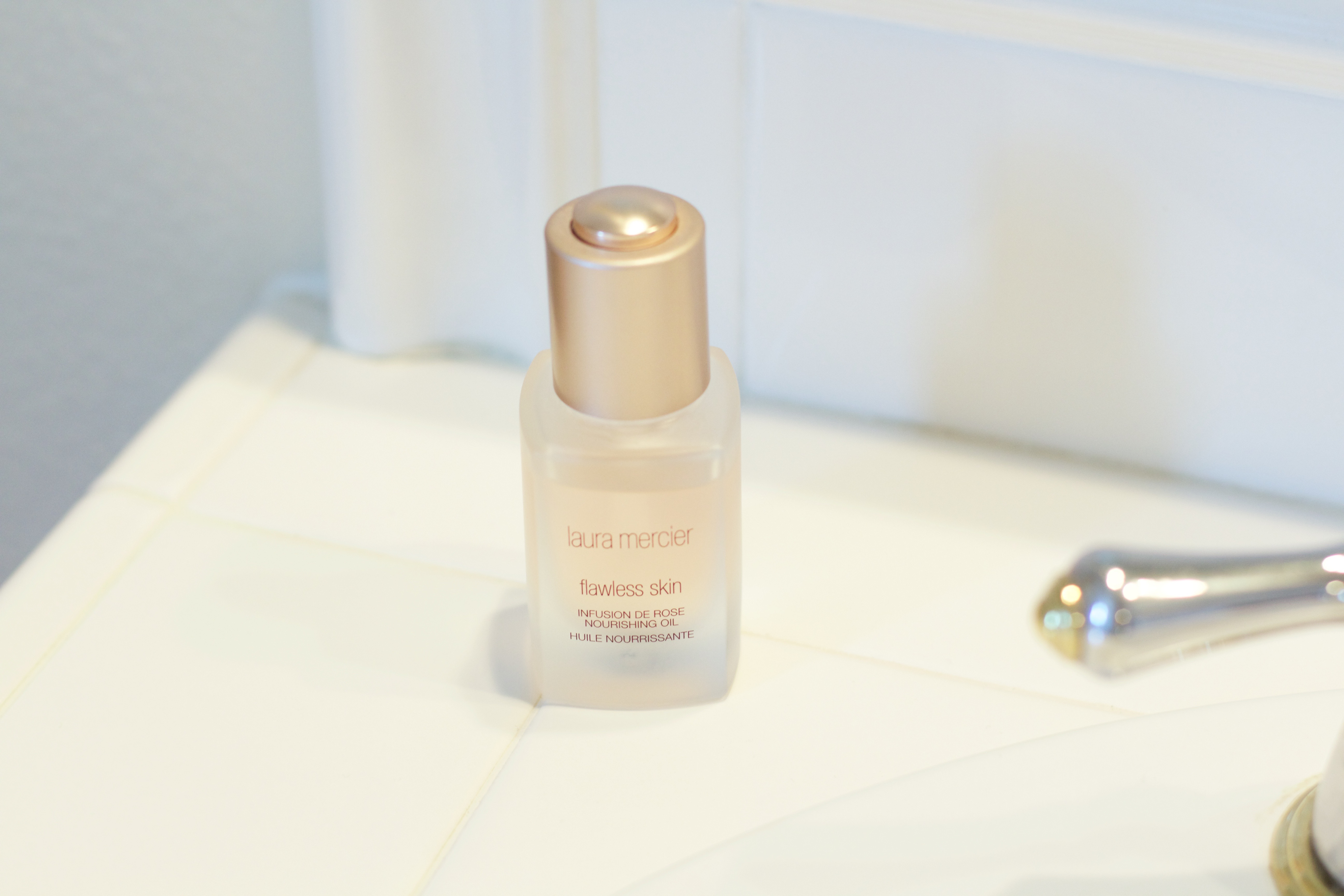 Laura Mercier Flawless Skin Infusion de Rose Nourishing Oil