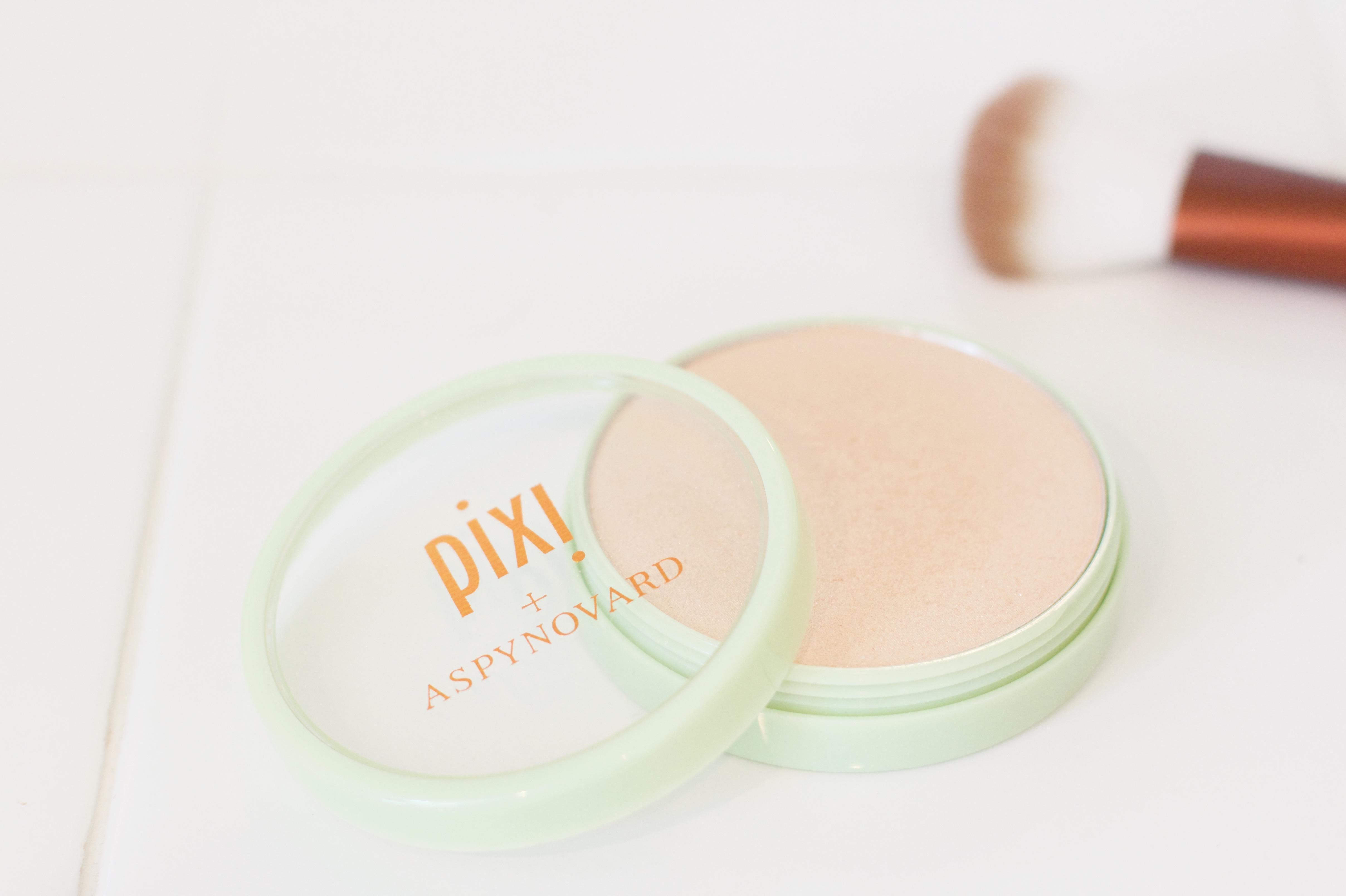 Pixi By Petra + Aspynovard Glow-y Powder review