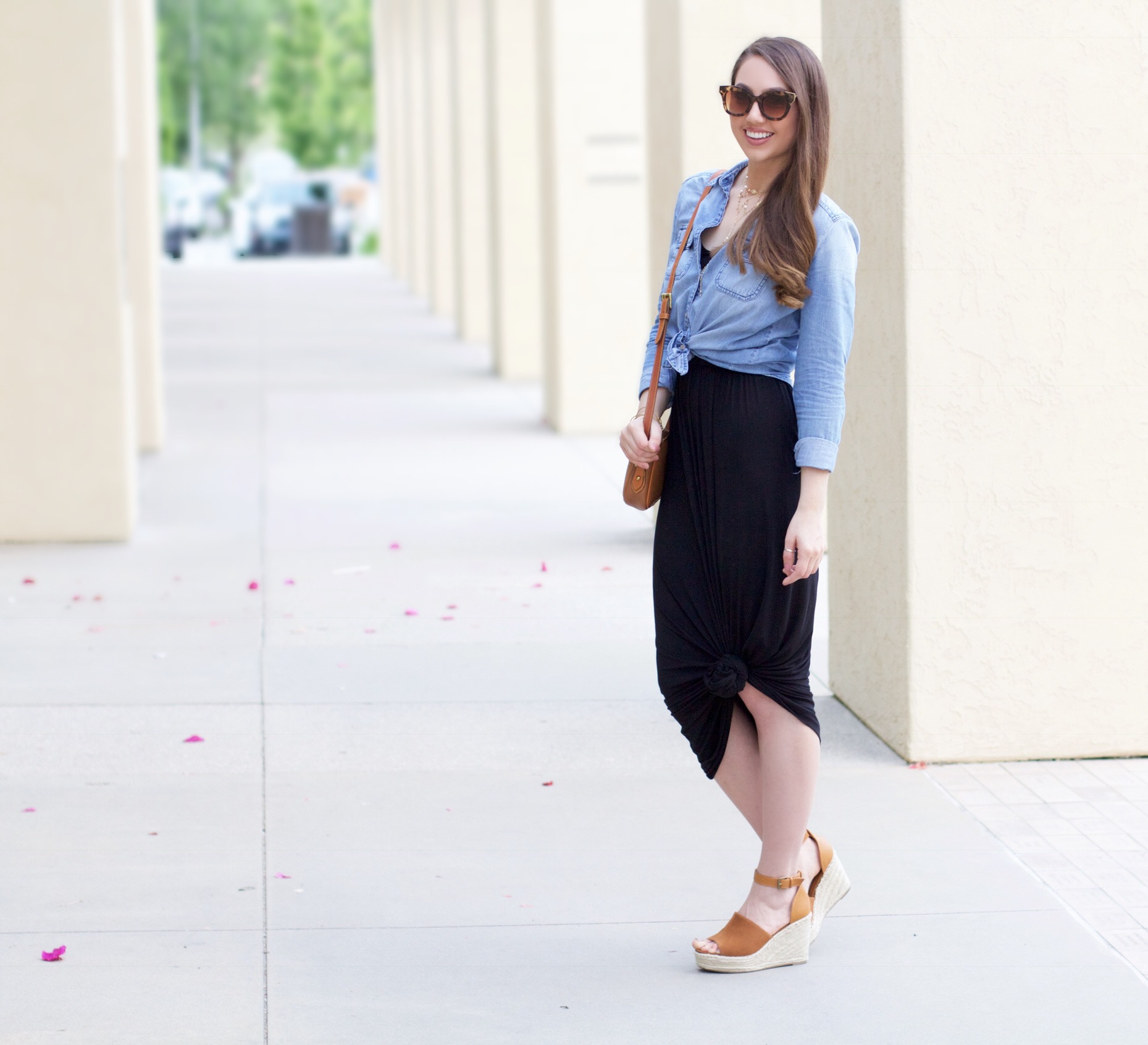how to style a chambray shirt womens