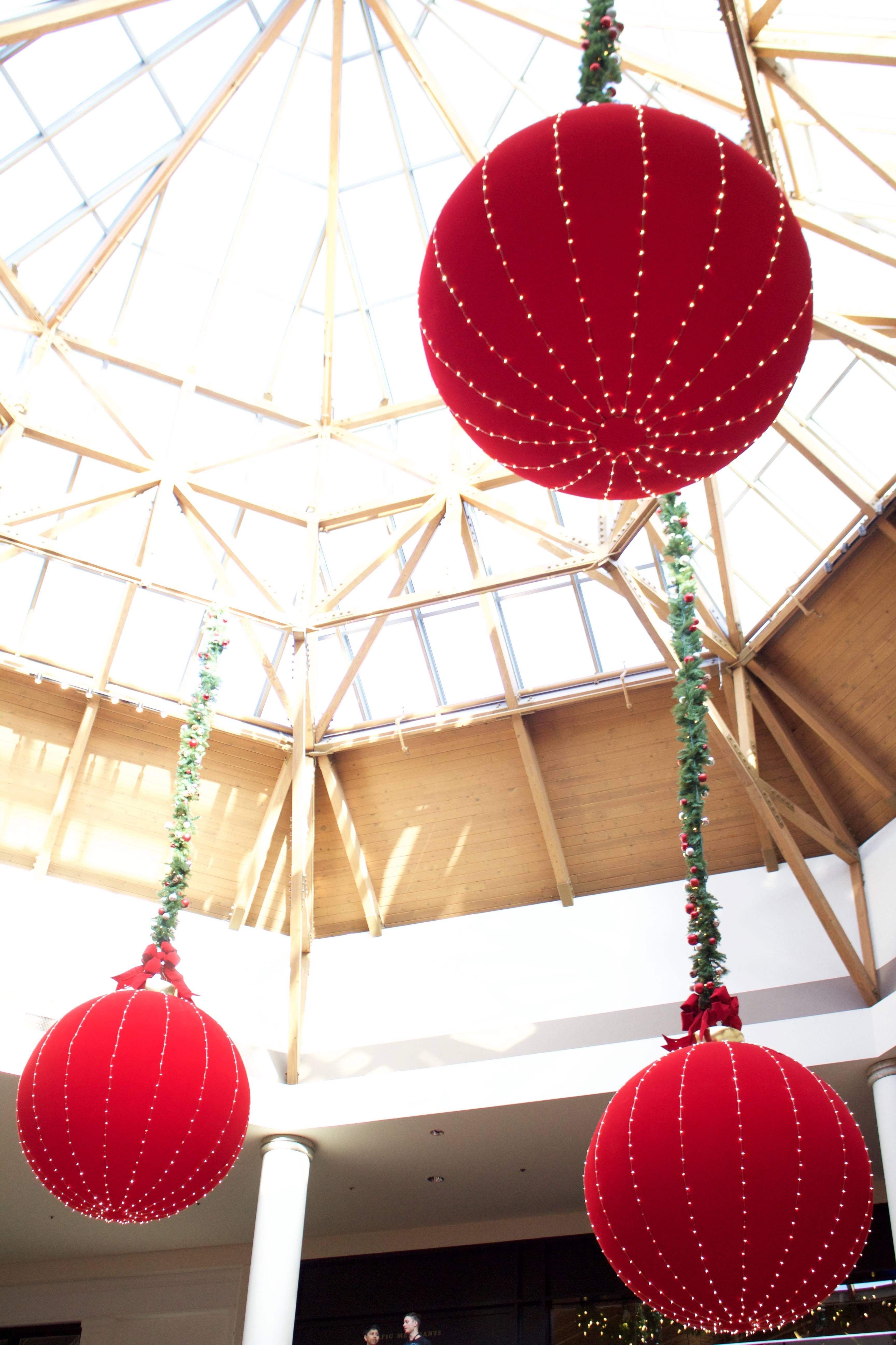 Brea Mall holiday hours