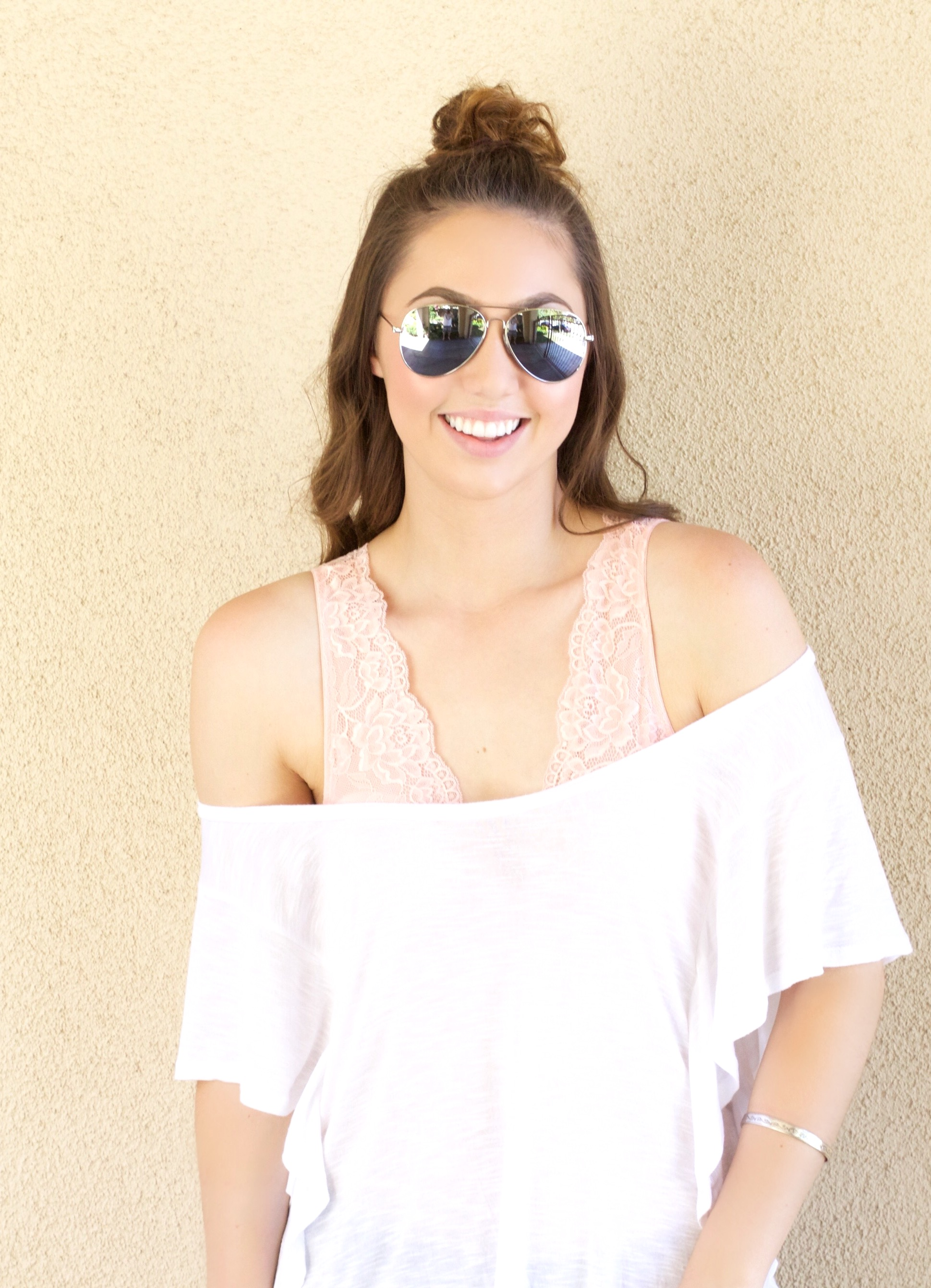 How to style a Pink lace bralette