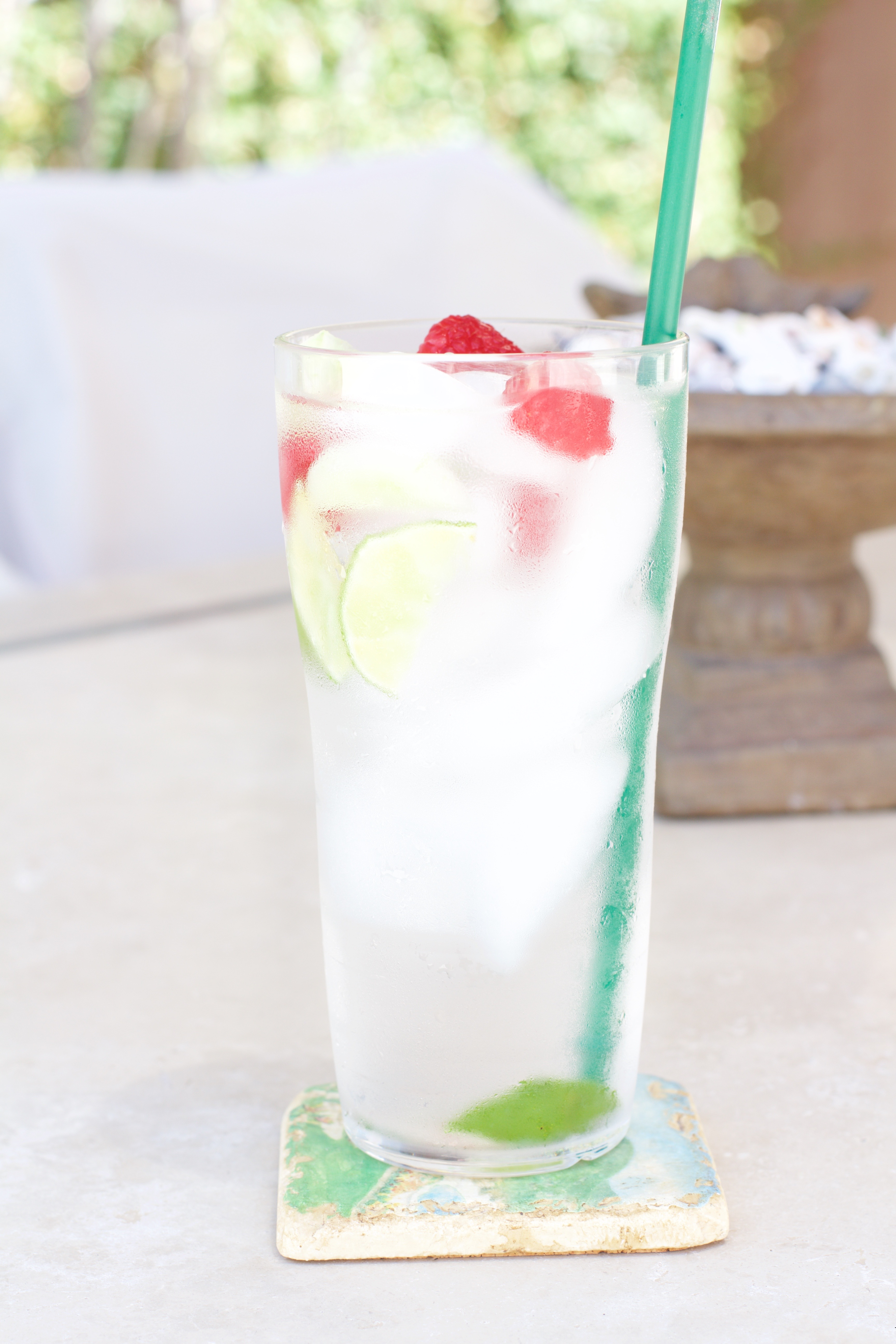 refreshing naturally flavored water recipe - My Styled Life