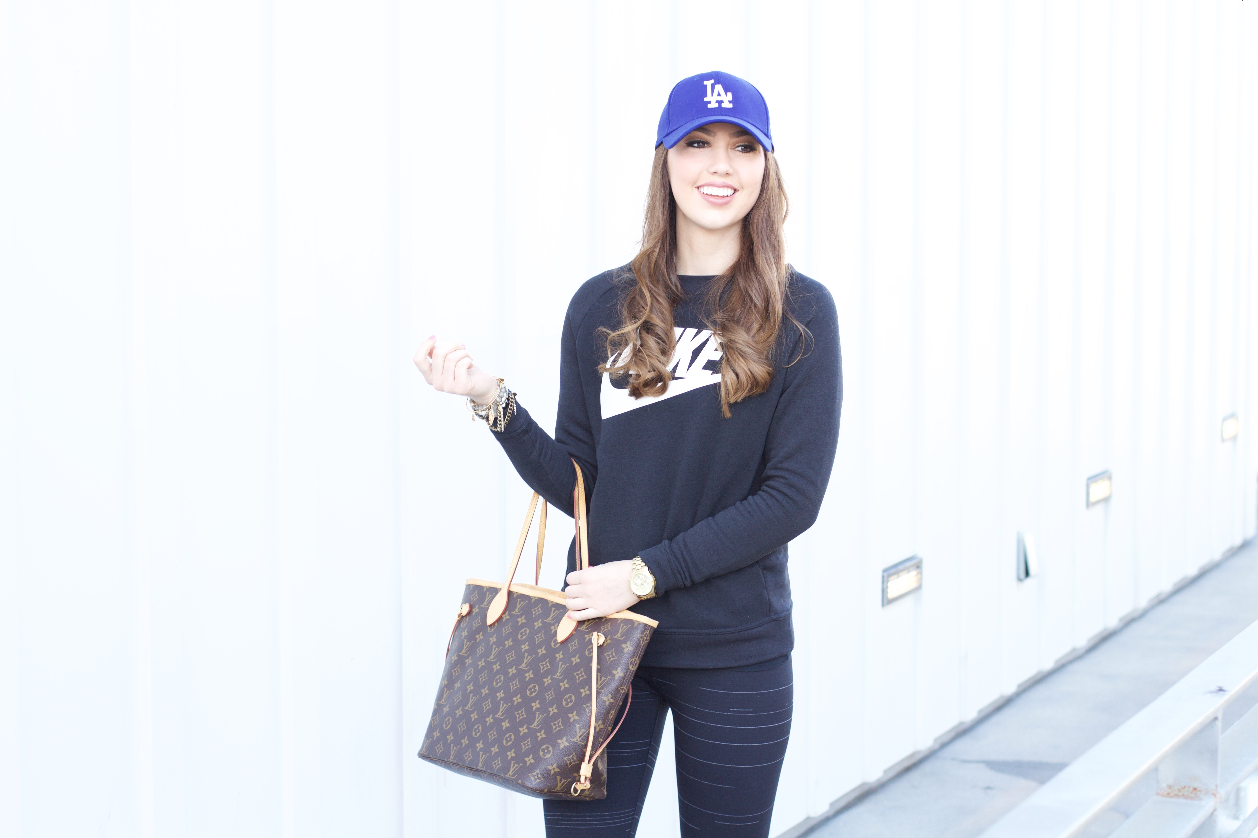 how to style a baseball hat