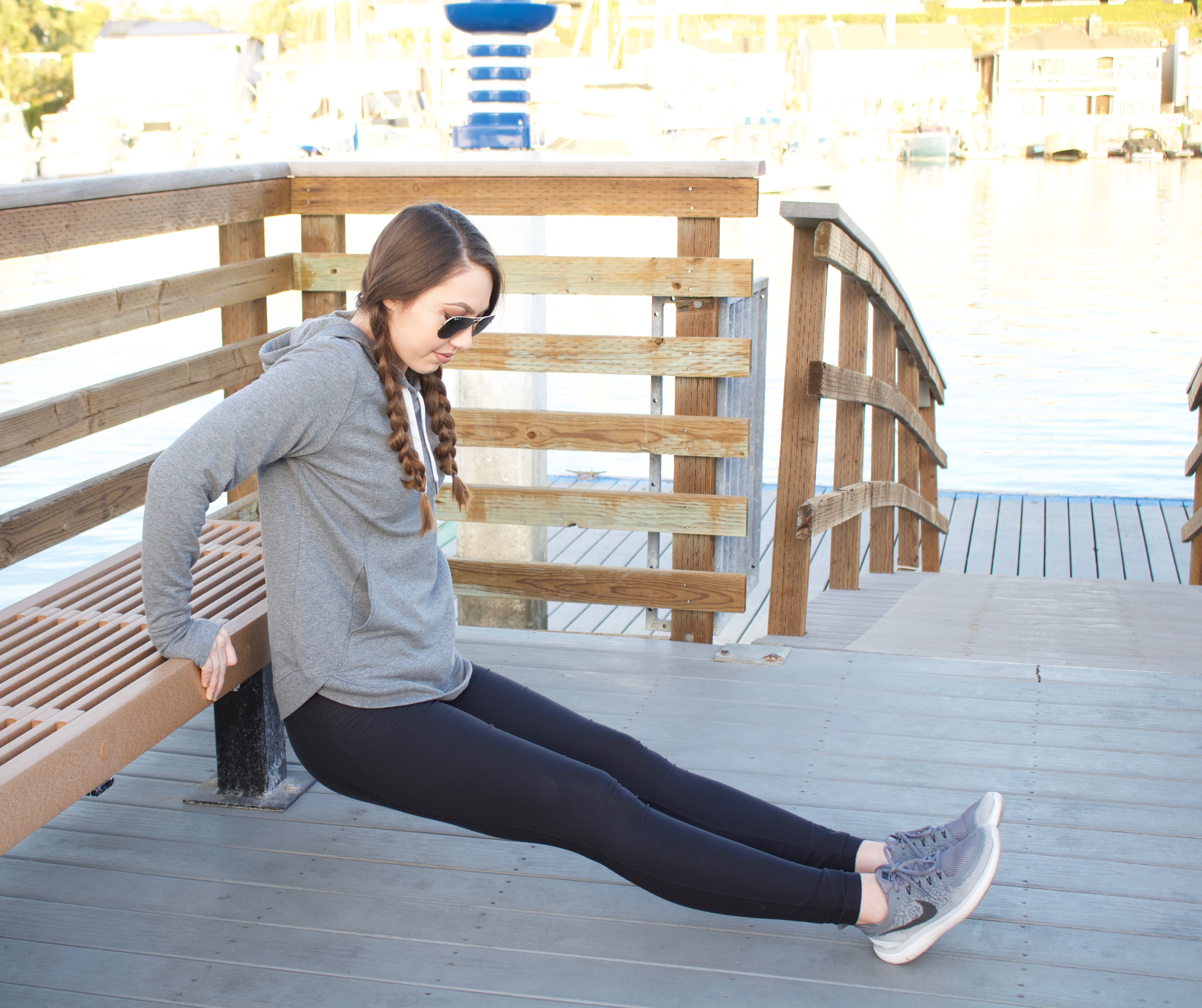 where to buy workout clothes women