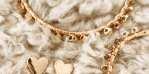 nashelle heart earrings