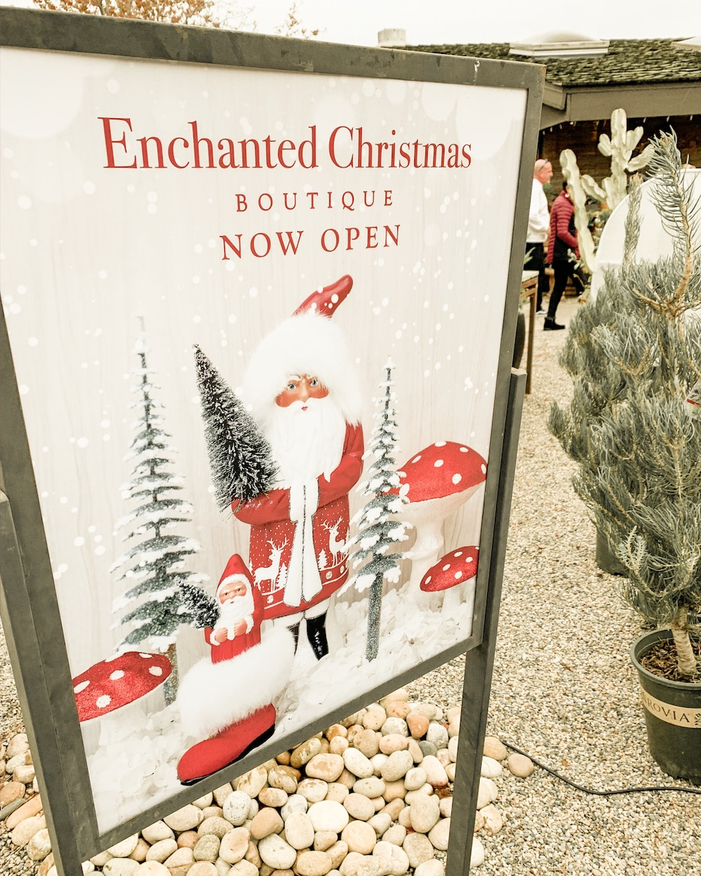 roger's gardens 2019 christmas boutique enchanted christmas