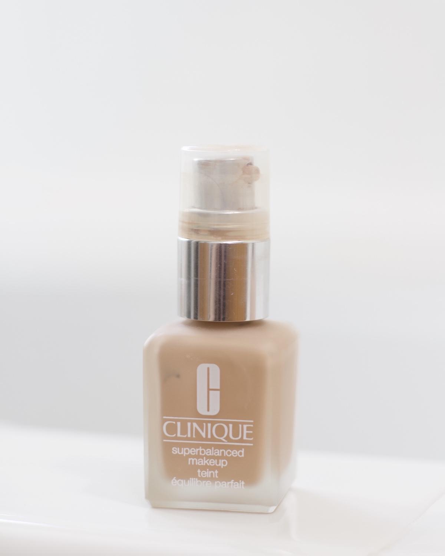 clinique superbalanced makeup foundation review