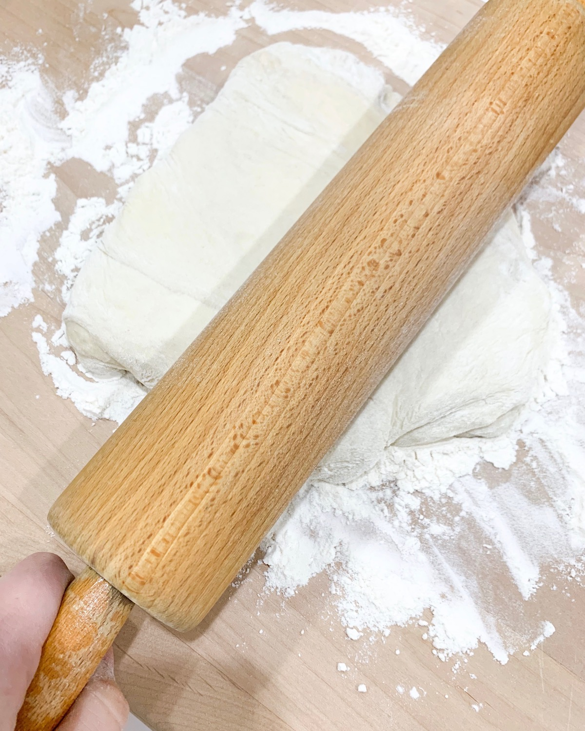 making pizza at home
