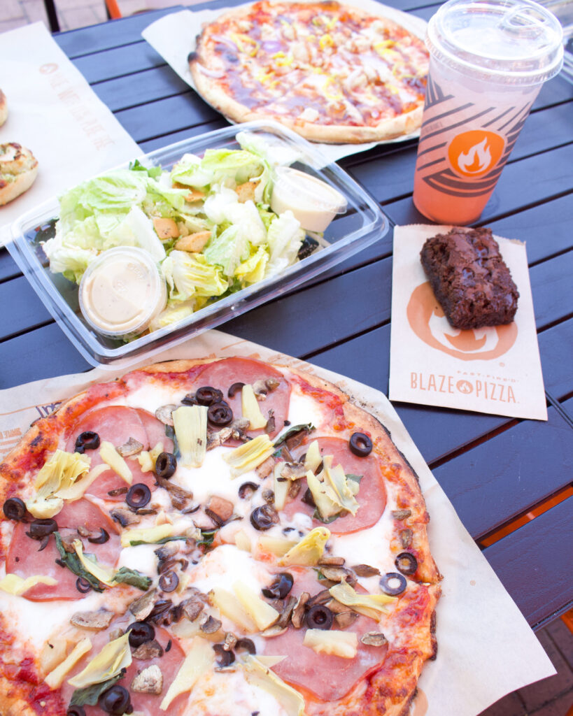 outlets at san clemente blaze pizza