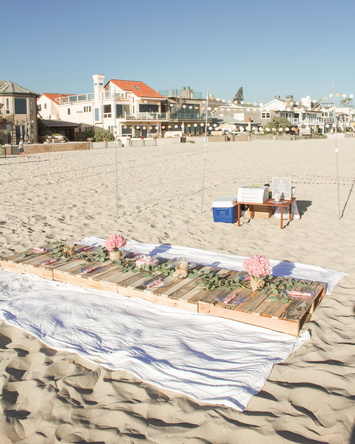 how to plan a birthday beach dinner party