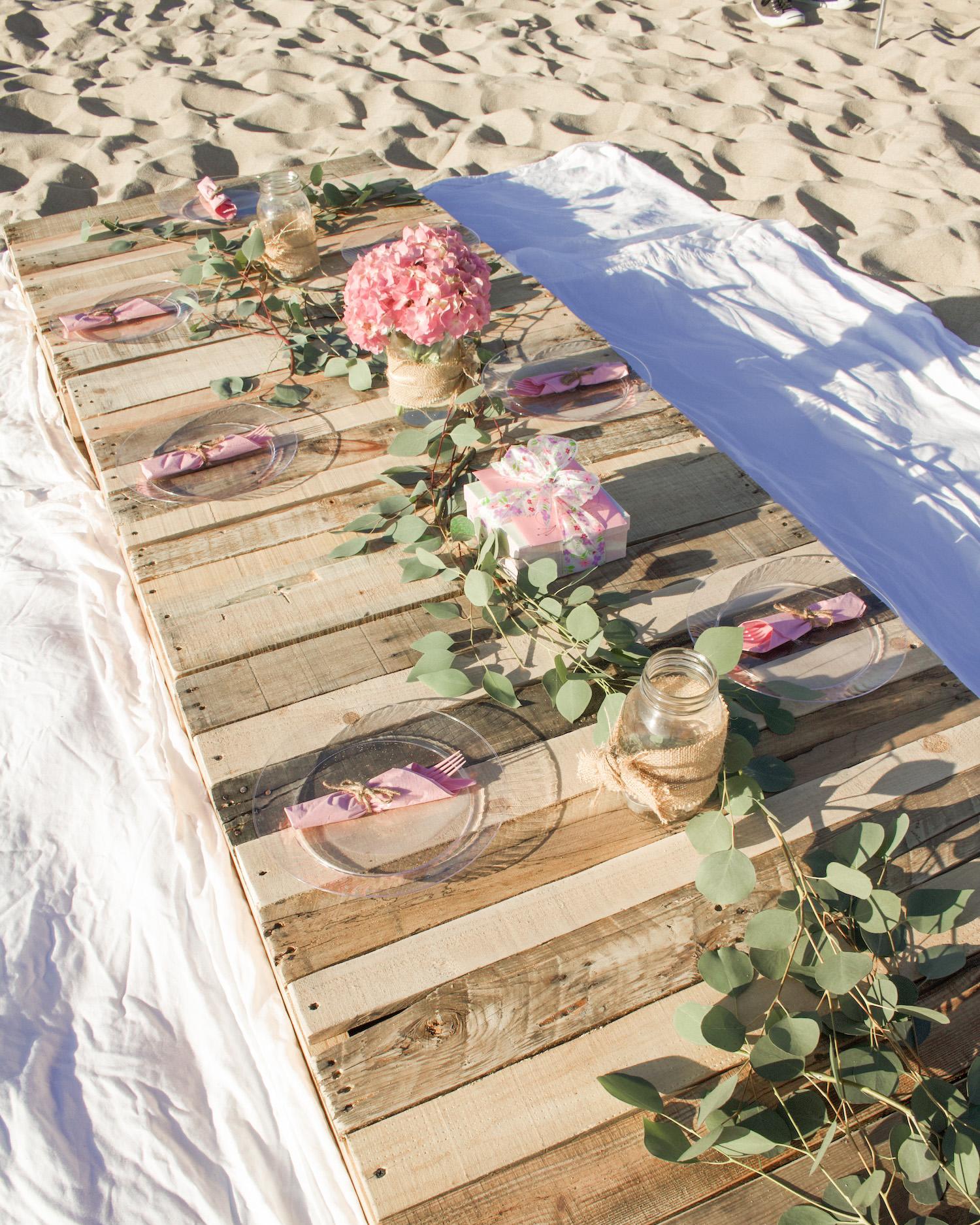 wood pallet table beach
